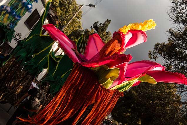 danza en zancos anguiano teatros en Boyaca - teatro teb - teatros en tunja